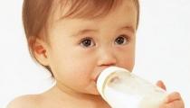 Bỏ túi nhanh gọn những kinh nghiệm chọn sữa cho con