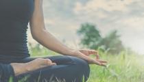 Yoga cho phụ nữ sau sinh: Không chỉ là giảm cân và giữ dáng!