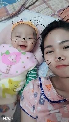 Bé Miu ngủ rất ngoan không quấy khóc mẹ