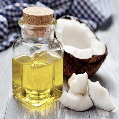 Dầu dừa – vị cứu tinh cho làn da khô của trẻ trong mùa đông.