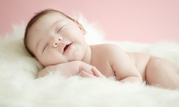 Một giấc ngủ ngon sẽ giúp trẻ không còn hiện tượng vặn mình, gồng người khi ngủ