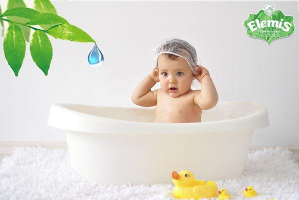 sữa tắm Elemis và tắm lá cho trẻ