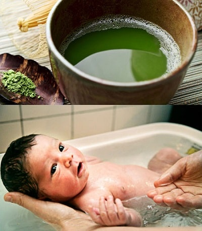 tắm nước thảo dược trị rôm sảy cho bé trong ngày hè nắng nóng